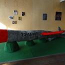 tomahug 2